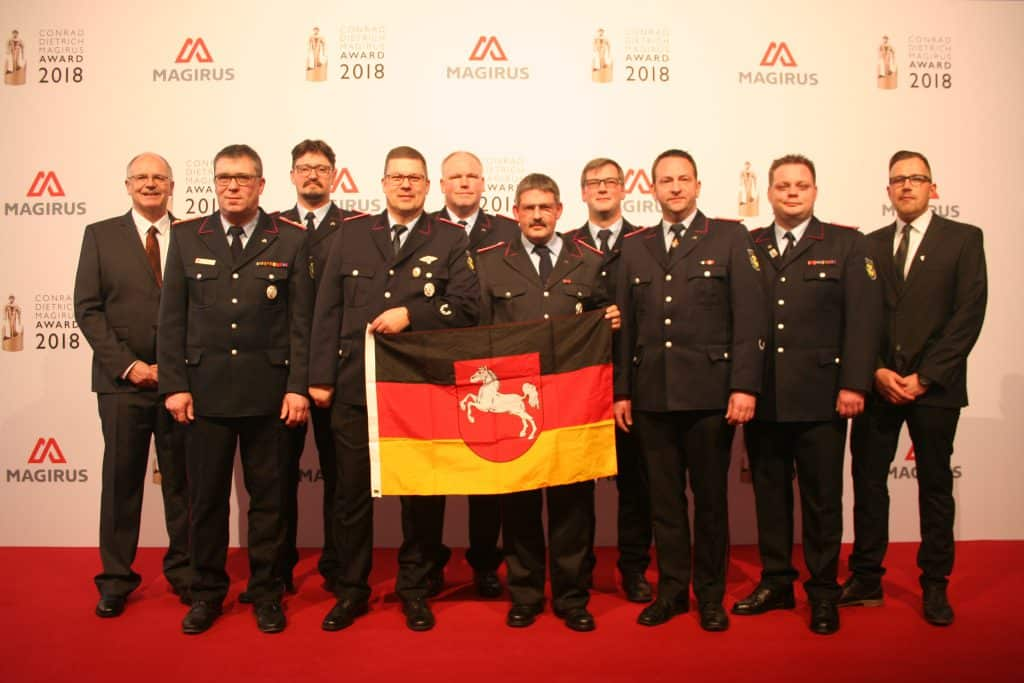 Die Ehrung des Feuerwehrteams des Jahres soll aber nicht nur große Wertschätzung für die Arbeit der Feuerwehr zum Ausdruck bringen, sondern auch noch mehr junge Frauen und Männer dafür begeistern, sich zu engagieren.
