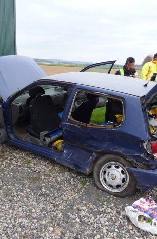 Unfall in Eilensen: Mitfahrer aus Auto geschleudert