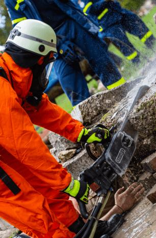 Wochenendübung der Umweltfeuerwehr mit dem Gefahrgutzug Hildesheim und dem THW Einbeck