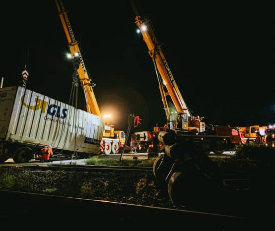 Zugunfall bei Ildehausen: Strecke gesperrt