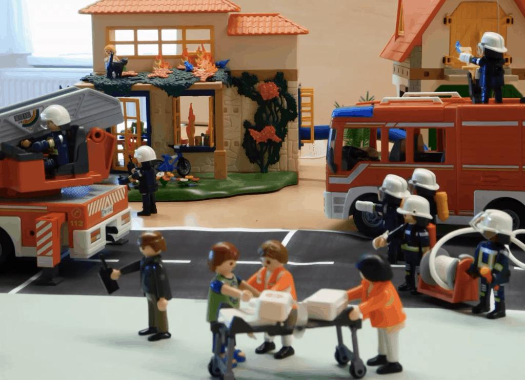 Drehten einen Playmobilfilm: die Jugendfeuerwehr Hammenstedt hat die Corona-Zeit für digitalen Ausbildungsdienst genutzt.